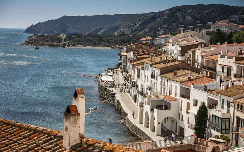 Cadaques Holidays with The Little Voyager