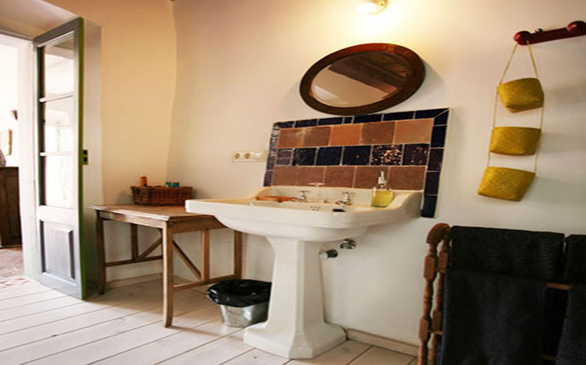 The Costa Brava Hideaway Bathroom with The Little Voyager