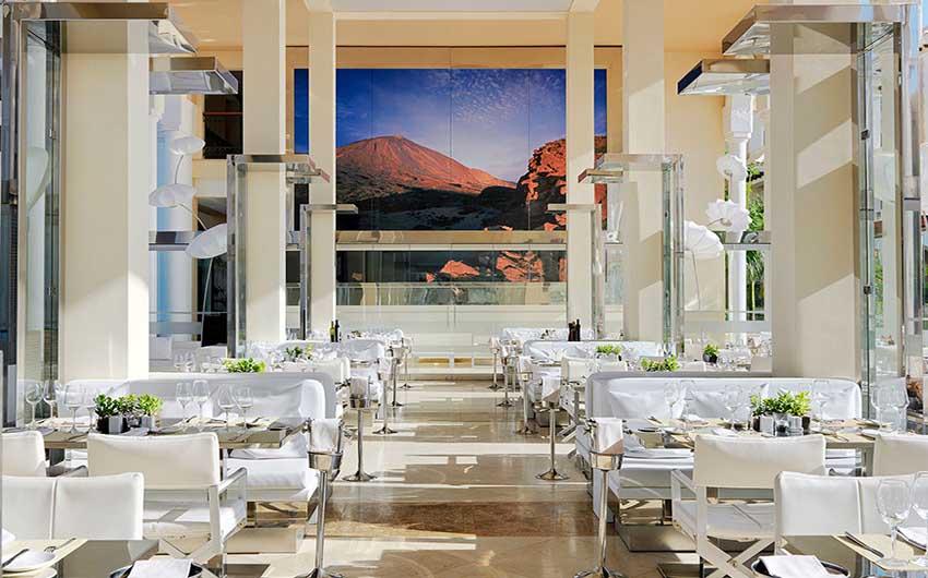 Palacio de Isora Ocean Club Restaurant with The Little Voyager