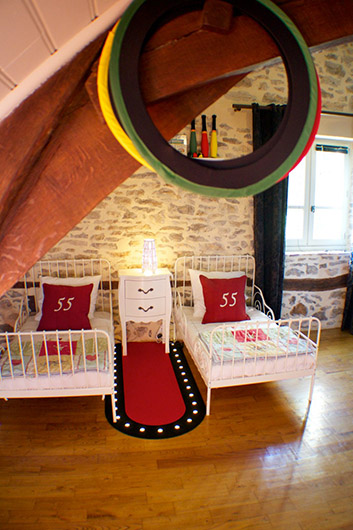 The French Country Chic Suite with The Little Voyager