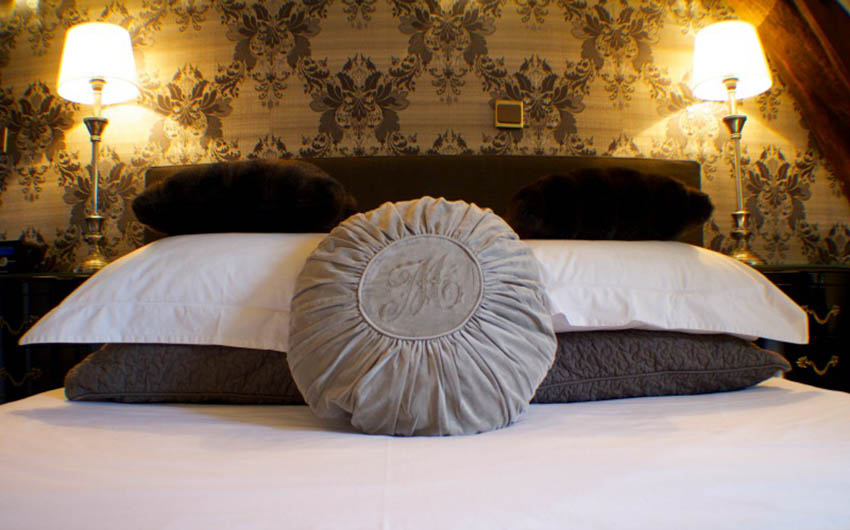 The French Country Chic Bedroom Suite with The Little Voyager