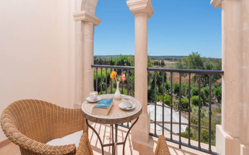 The Mallorcan Family Hotel Junior Superior Apartment with The Little Voyager