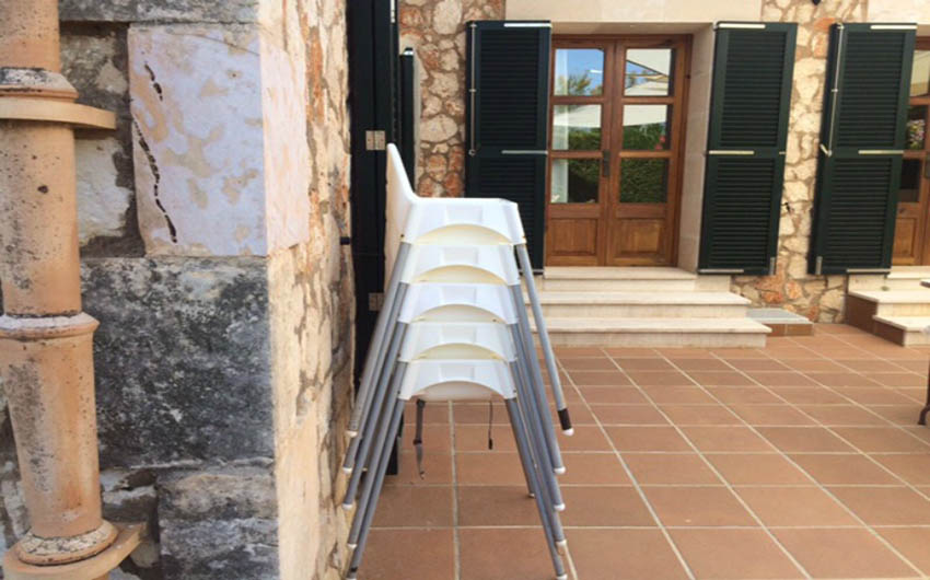 The Mallorcan Family Hotel's Children's Highchairs with The Little Voyager