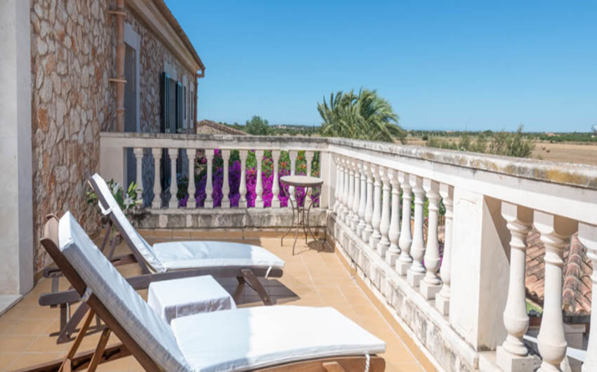 The Mallorcan Family Hotel Terrace Apartment with The Little Voyager