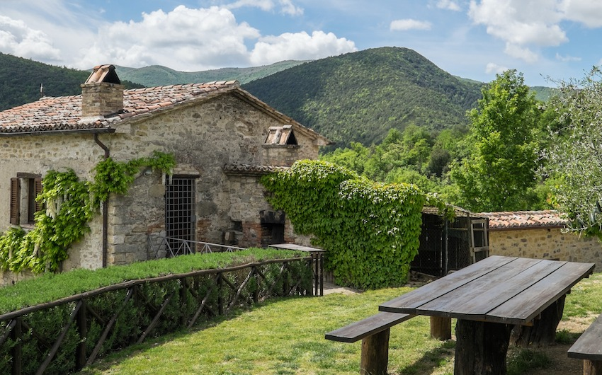 The Little Voyager's Umbrian Cottages Exterior