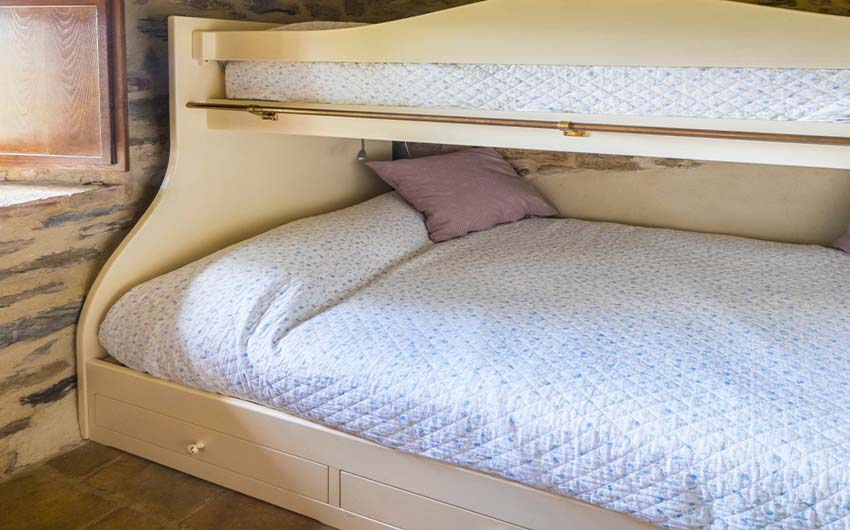 The Umbrian Country Cottages Family Bunk Beds with The Little Voyager