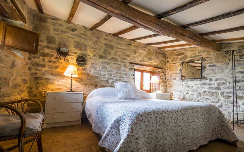 The Umbrian Country Cottages Double Room with The Little Voyager