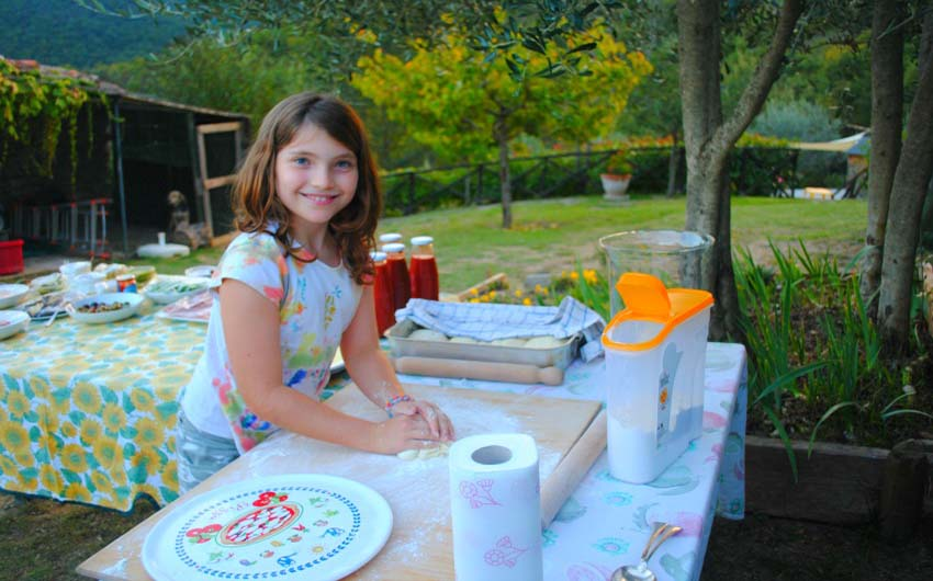 Baking Pizzas at The Little Voyager's Umbrian Cottages