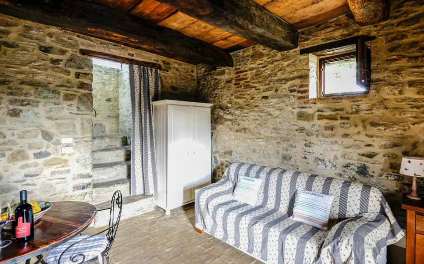 The Umbrian Country Cottages Sitting Room with The Little Voyager