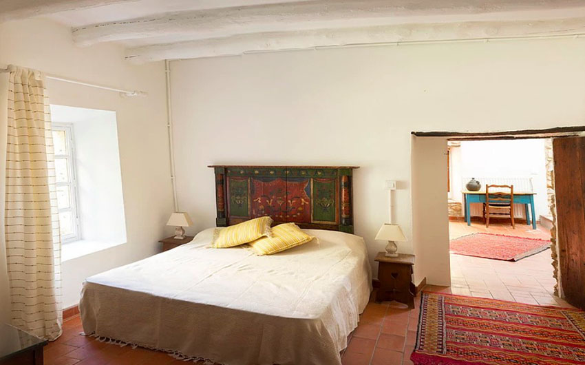 The Catalan Farmhouse Double Bed with Bathroom and The Little Voyager