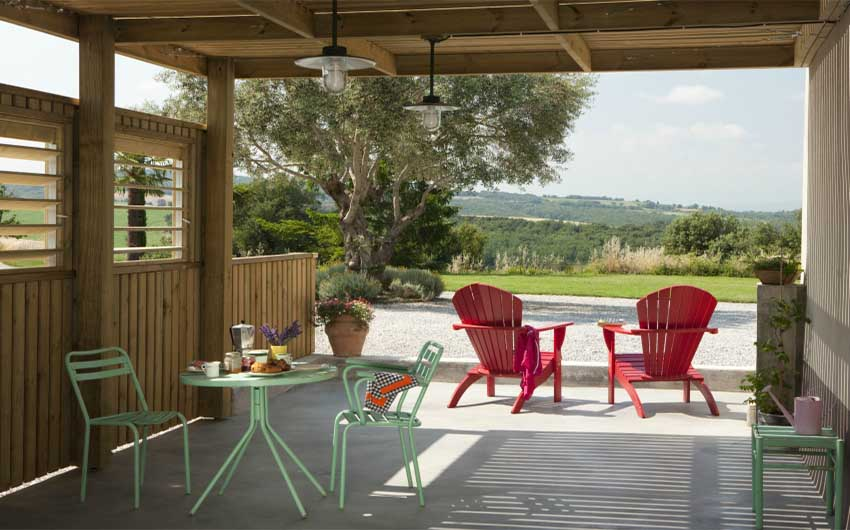 French Country Chic Terrace with The Little Voyager
