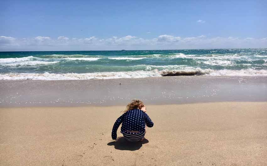 Kids Beach in Fort Lauderdale with The Little Voyager