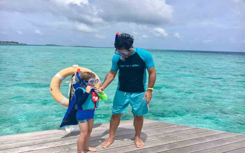 Snorkling in Kandima with The Little Voyager