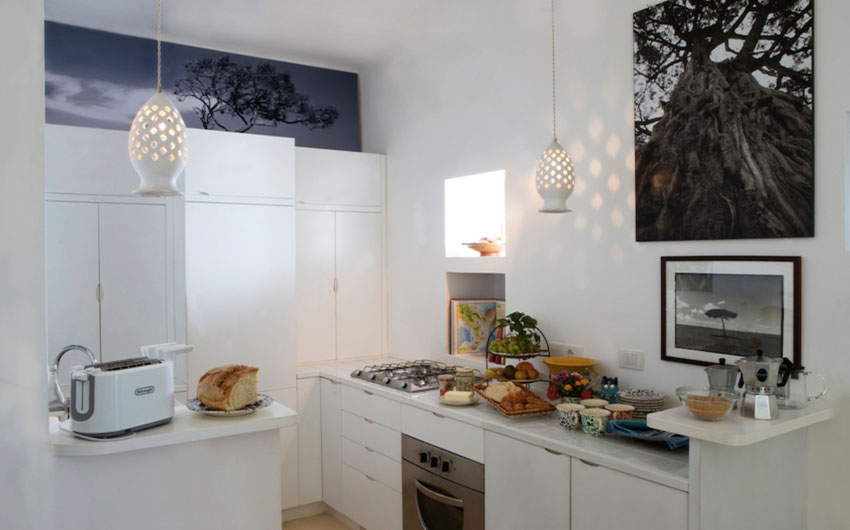 Apulian Twin Villa Kitchen with The Little Voyager