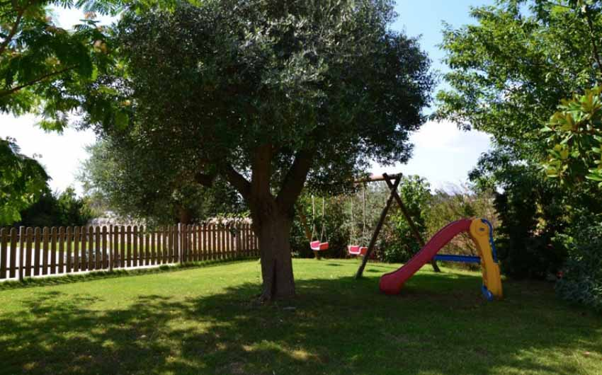 Apulian Twin Apartments Playground with The Little Voyager