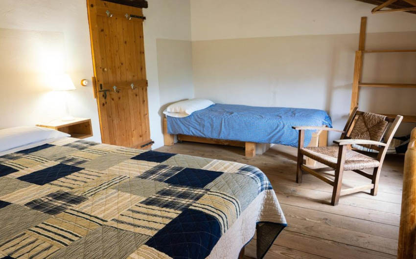Catalan Rural Escape Twin Room with The Little Voyager