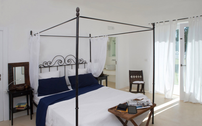 Apulian Twin Apartments Double Bedroom with The Little Voyager