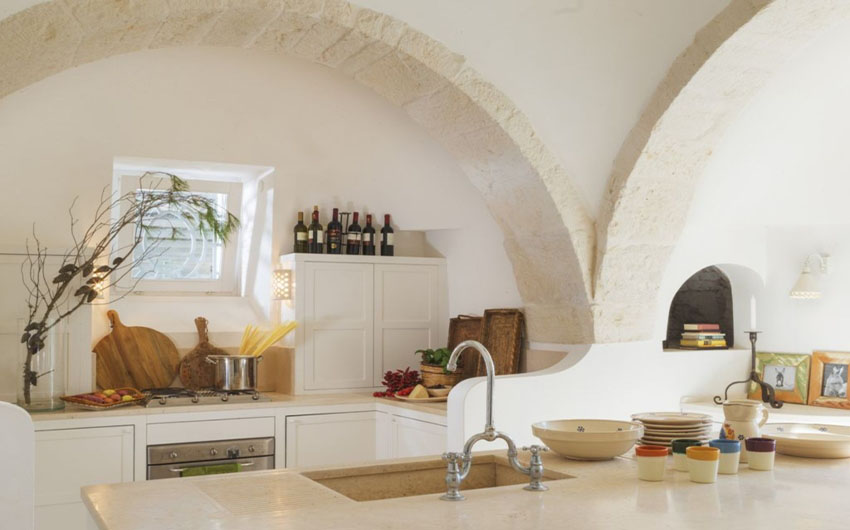Apulian Twin Apartments Main Kitchen with The Little Voyager