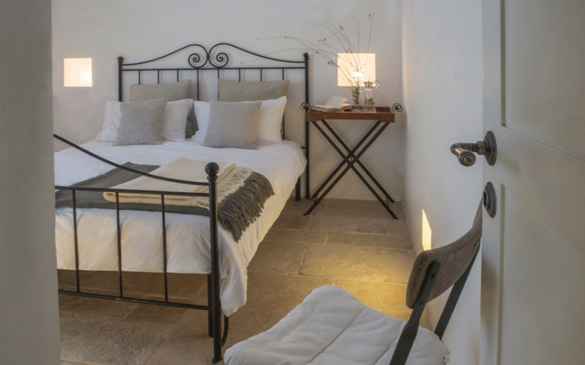 Apulian Twin Apartments Master Bedroom with The Little Voyager