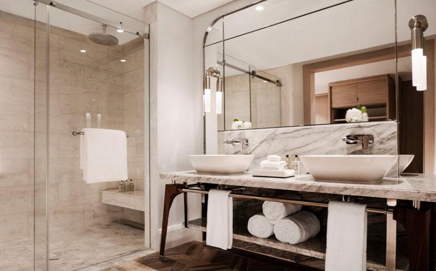 Le Saint Geran Bathroom with The Little Voyager