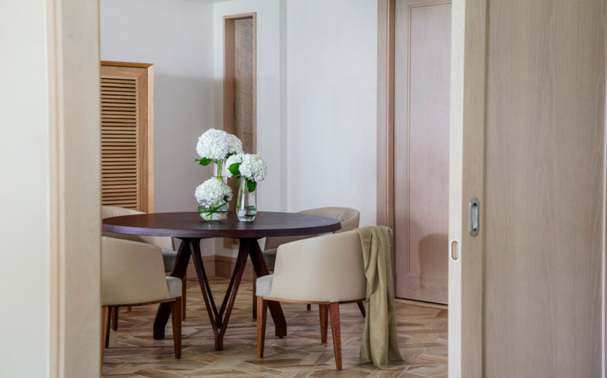 Le Saint Geran Small Dining Table with The Little Voyager