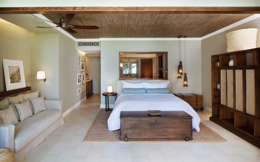 St Regis Resort in the Mauritius Junior Suite with The Little Voyager