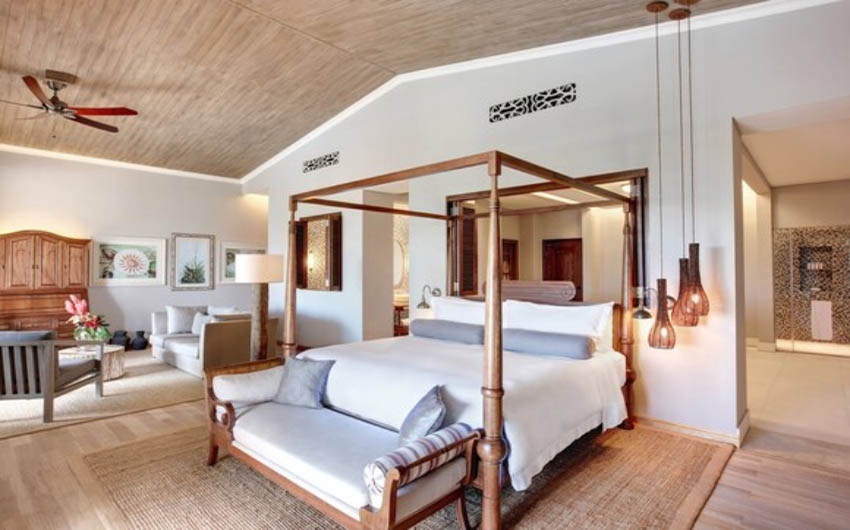 St Regis Resort in the Mauritius Ocean Room Suite with The Little Voyager