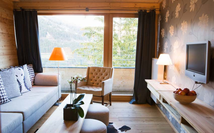 Haus Hirt Hotel Alpine Suite Lounge with The Little Voyager