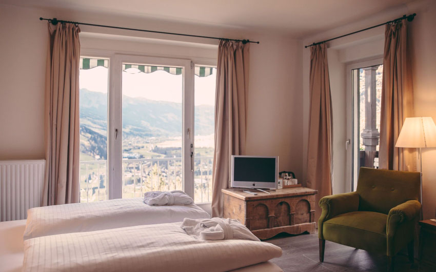 Haus Hirt Hotel Double Room with The Little Voyager