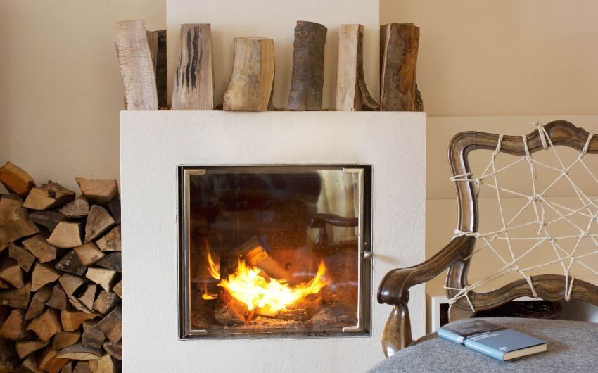 Haus Hirt Hotel Fire Place with The Little Voyager