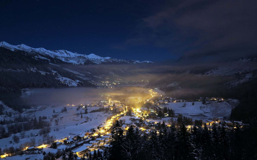Salzburger Land Night Views with The Little Voyager