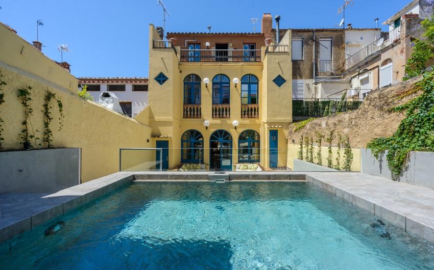 The Costa Brava Pool House