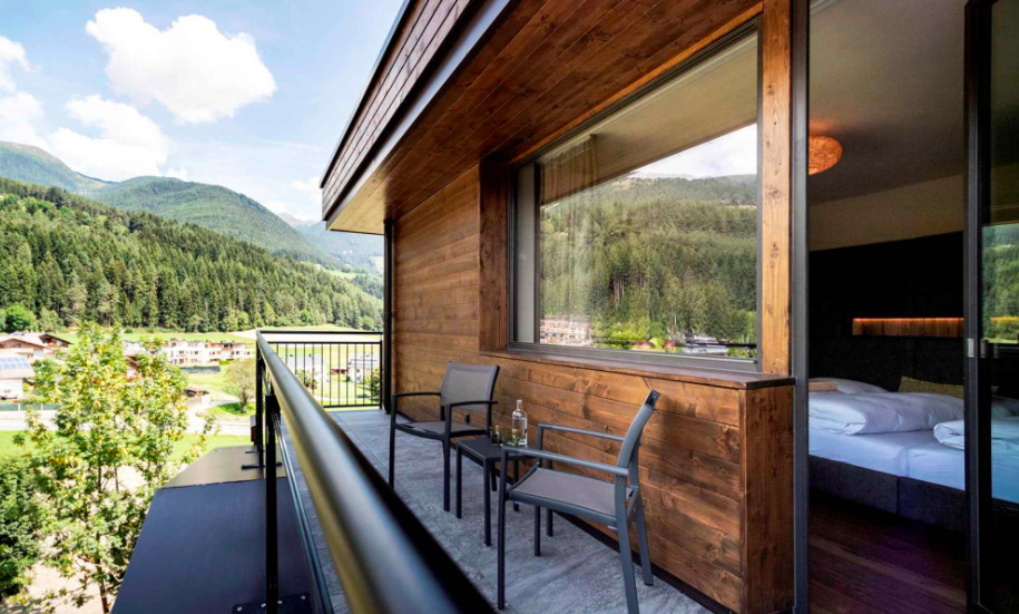 Cosleeping Suite at the South Tyrolean Panorama Hotel