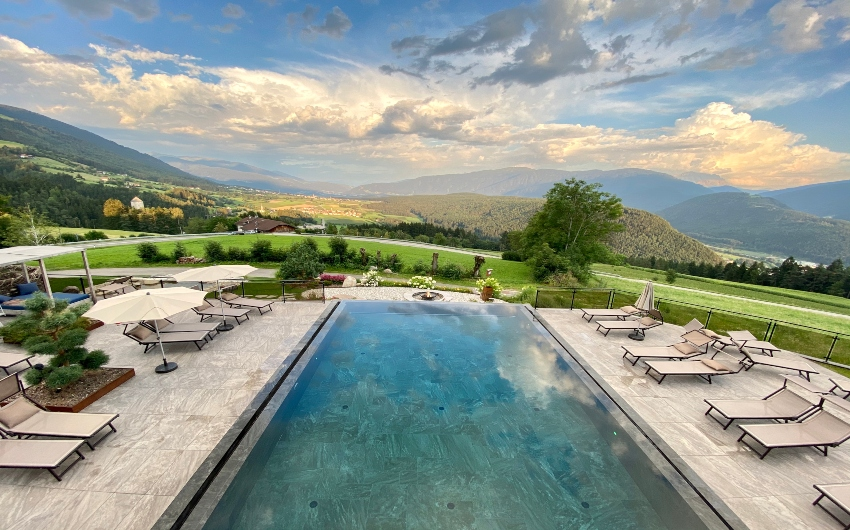 Outdoor pool at the South Tyrolean Panorama Retreat
